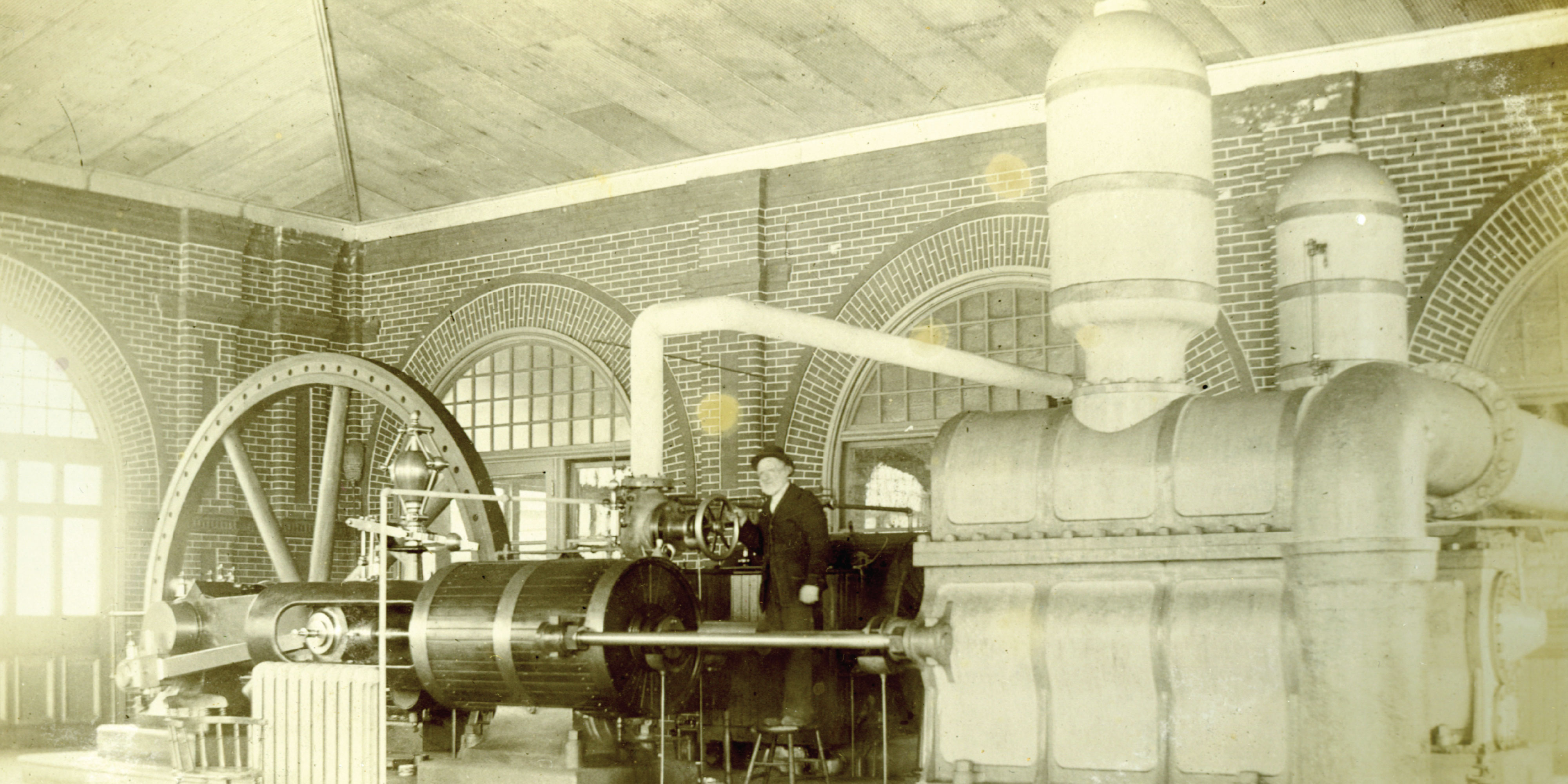 Historic picture of the pumps